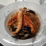  Spaghetti allo scoglio con aragostina