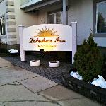welcome to our beautiful lakeshore inn and spa
