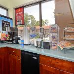 Econo Lodge Panama City resmi
