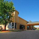 Quality Inn &amp; Suites Winchester