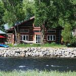 Riverside Meadows Bed & Breakfast