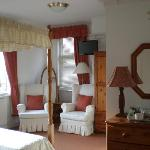 Double Room en-suite with sea view