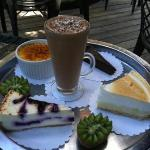  lunch dessert menu, we got the keylime pie and mint chocolate mousse