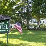 Marshfield Inn and Motel