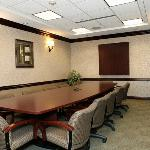 12-person Boardroom