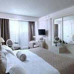 NJV Athens Plaza Hotel