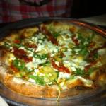  calabrese arugula pizza