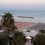  il mare dall 5piano di lato all hotel