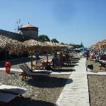costamare, the beach bar /restaurant, veldig bra !!