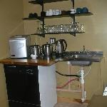 Common kitchen areaand juice bar for all guests