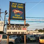 Blue Claw Crab Eatery