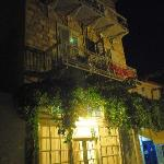  Botsis Guesthouse at night