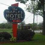  The Maples Motel