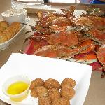  Hushpuppies, crab dip, and crabs