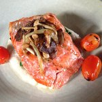 Salmon with carmelized fennel over white bean puree and spinanch