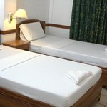 Standard Room ( Good for 2 persons)