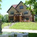 1913 Restored, Historic English Tudor Mansion