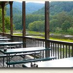 Greenbrier Grille and Lodge