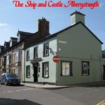 The Ship and Castle Pub
