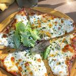 Oil, herb & fresh mozzerella flatbread