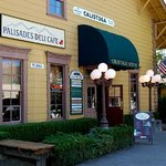 Palisades Deli and Cafe
