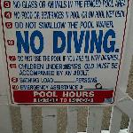 Mind the pool rules!