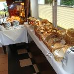 The very nice bread section of the breakfast buffét