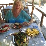  A lunch to die for at Waves on the Rock, Ravdoucha