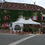 Front of L:Auberge de la Fontaine