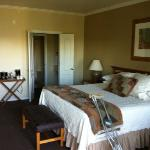 king room in Cliffs hotel