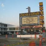 Lewis and Clark Motel resmi