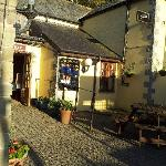 a small pic of the smugglers inn