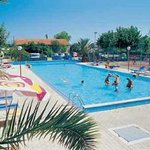  Piscina Camping Metauro