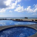 The amazing beach pool looking out into the Ocean...