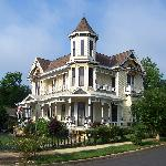 ‪Painted Lady of Columbus Bed and Breakfast‬