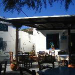 Lunch in Steki restaurant Platis Ghialos after 5.5hr walk from Vathy SIFNOS Greece 09/09/2012