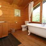 Chalet Blanc Bathroom