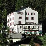 Voorzijde hotel