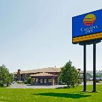  Welcome to the Comfort Inn Boucherville