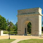  Memorial Arch