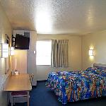 Motel 6 Fort Luptonの写真