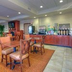 Country Inn &amp; Suites Lexington Park
