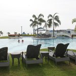 Thunderbird Resorts Poro Point resmi