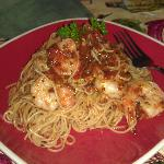 Sooooo yummy--angel hair pasta with shrimp!!