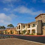 ‪Courtyard by Marriott Santa Barbara Goleta‬