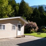 Chilliwack River affordable cabin with mountain views