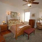 Hingham room, King bed, shared hall bath