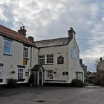 Country pub and restaurant with letting rooms