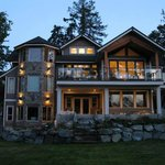 Cowichan Bay Guest Suites