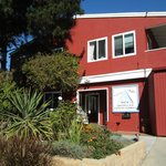 ‪Hostelling International San Diego, Point Loma‬